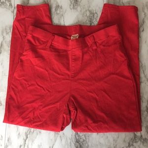 Faded Glory Red Capris. Size Medium (8-10)